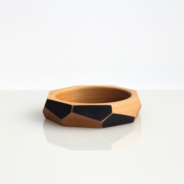 Faceted bangle medium black