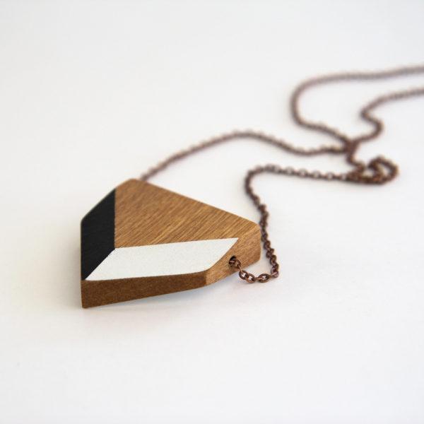 Chevron necklace black and white